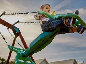 «Т Плюс» открыла новую детскую площадку в Дзержинске