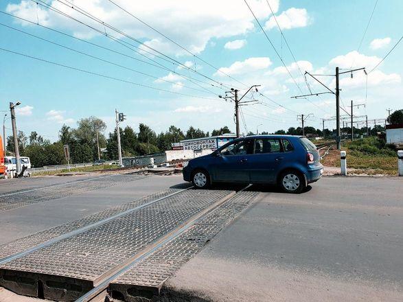 Нижегородским водителям напомнили, как вести себя на переездах - фото 7