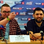 Нам искренне интересно то, о чем мы говорим в эфире, – радиоведущие Сергей Стиллавин и Рустам Вахидов