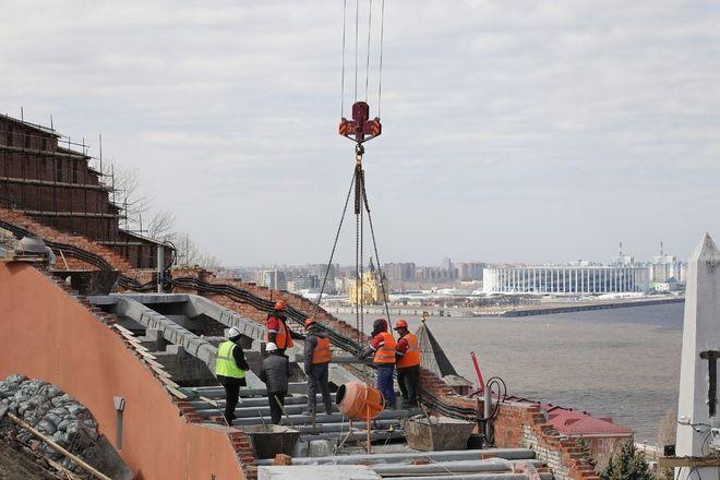 Реконструкция Чкаловской лестницы выполнена на 65% - фото 3