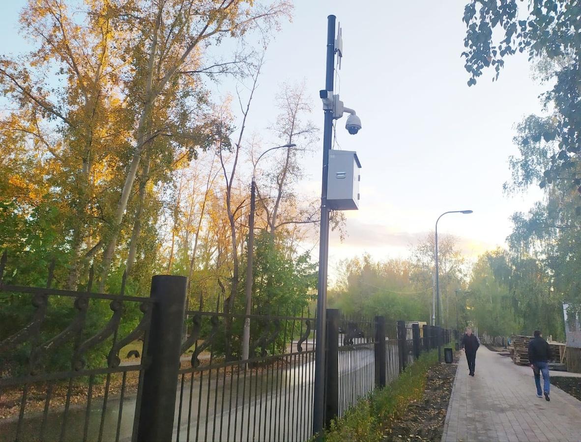 Круглосуточная система видеонаблюдения заработала в Светлоярском парке - фото 1