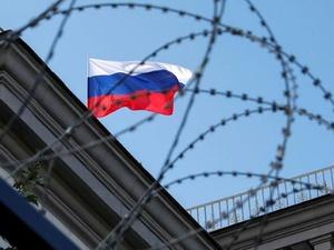 Четверть россиян отмечают негативное влияние западных санкций на свой достаток