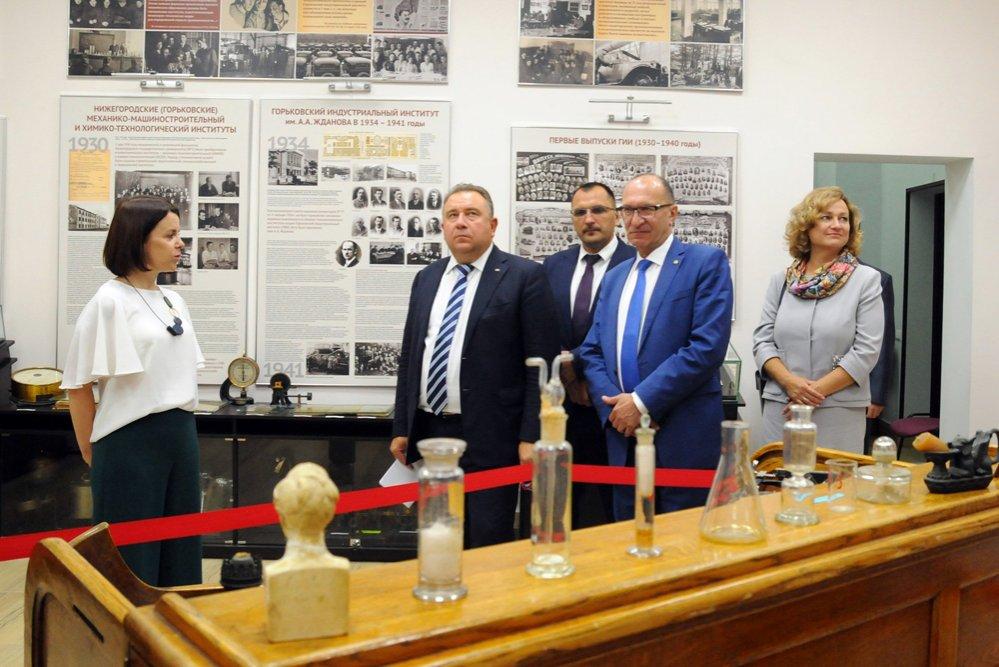Президент ОСК Алексей Рахманов прочел лекцию первокурсникам НГТУ  - фото 1