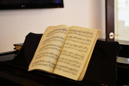 Нижегородцам предложили сочинить песню к 800-летию города