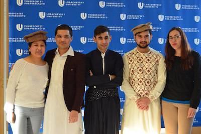 Иностранные студенты ННГУ организовали выставку-ярмарку