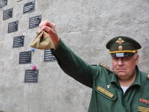 Землю с нижегородских воинских захоронений поместят в артиллерийские снаряды у Главного храма вооруженных сил РФ