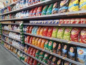 Российские магазины будут штрафовать за торговлю продуктами с нитратами