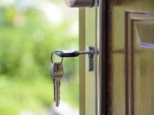 Желание продать квартиру заставило нижегородца погасить долг по алиментам