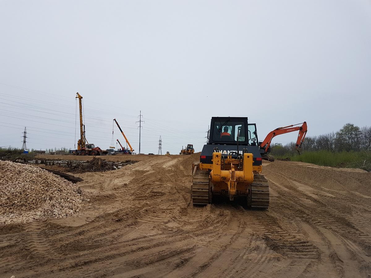 Двухуровневую развязку начали строить в районе деревни Ольгино - фото 1